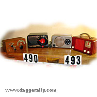small bakelite antique tube radio image gallery wood knobs dials circle