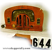 Old radio image gallery antique tube radio wood dome